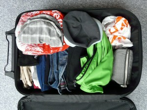 wardrobe clothes packing tips