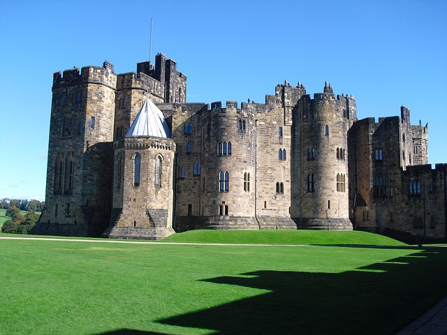 Visit England - Alnwick Castle in Northumberland