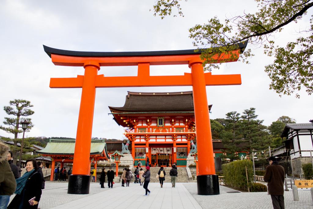 Let's Go Shrine Hopping! 5 Famous Shinto Shrines in Japan You Must Visit - Fushimi Inari Shrine (3)