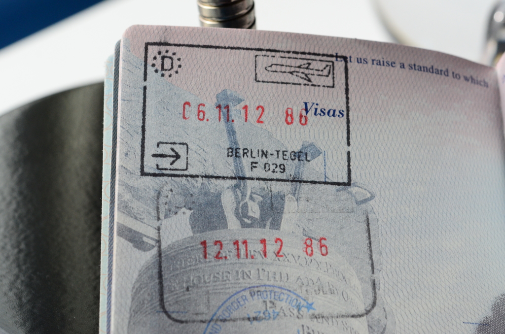 flight arrivals and departures