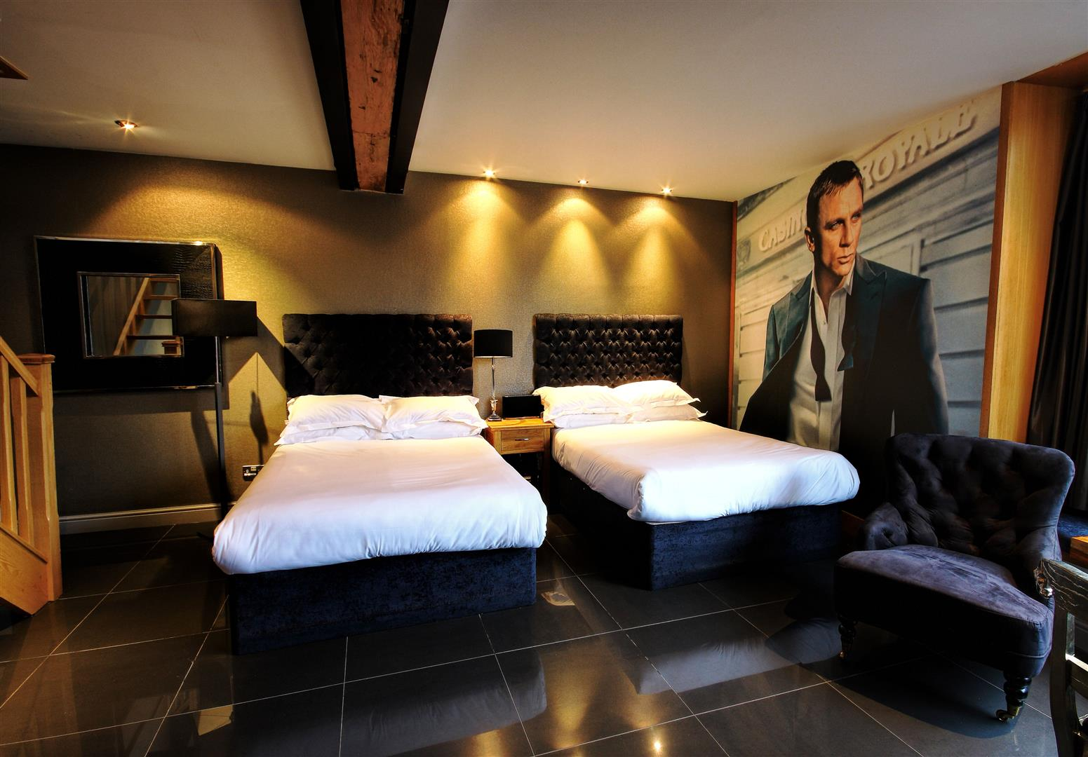 James Bond Lounge - themed hotels uk