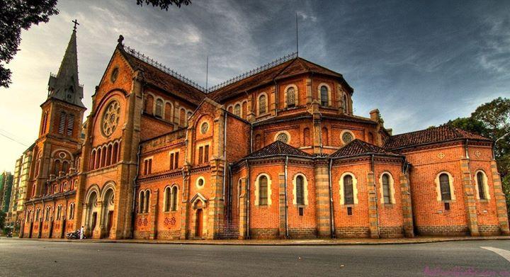 Saigon Notre-Dame Basilica (Nhà Thờ Đức Bà)