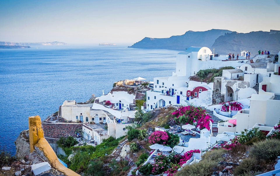 Honeymoon Destinations In Greece: 5 Top Honeymoon Destinations To Embark On A Joyful Married