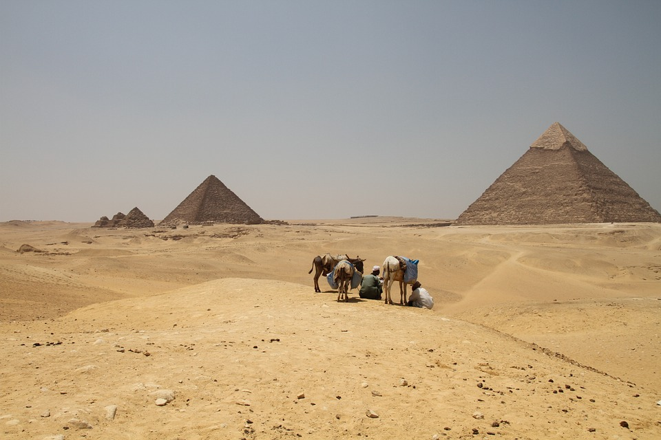 Egyptian Pyramids - The best places to visit in the middle east