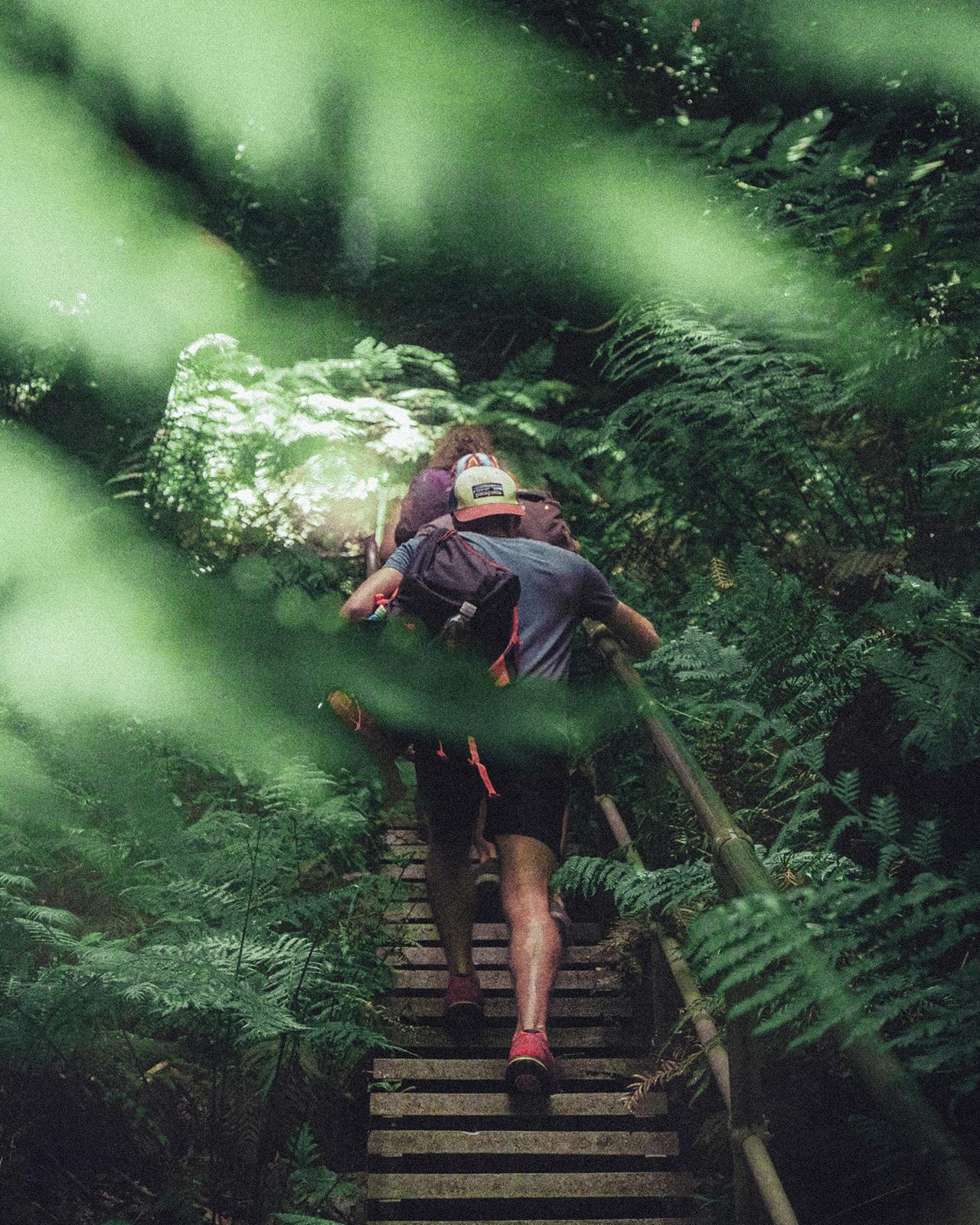 hiking dress code